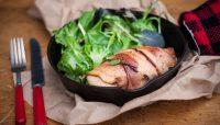 Poitrine de poulet farcie à la salsa et au bacon   Recette   F. Ménard